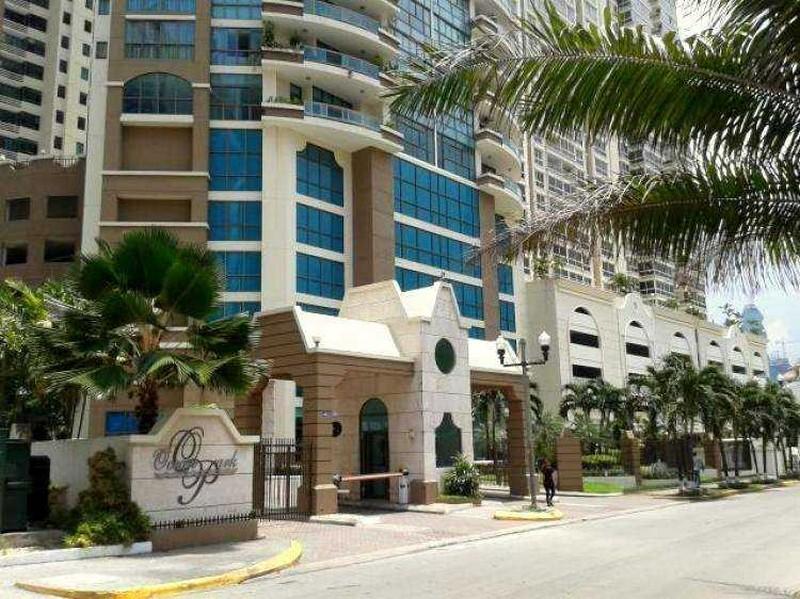 Ocean Park, Amplio Apartamento en Punta Pacifica
