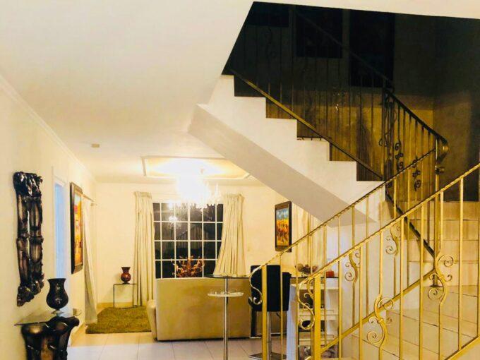 Golden Spring Acogedora Casa En Alquiler